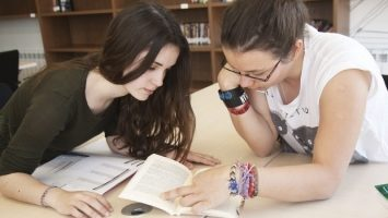 Media Reports on MIUC Resident Scholarships