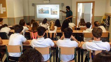 Presentation on How to Make a Video at Colegio Atalaya