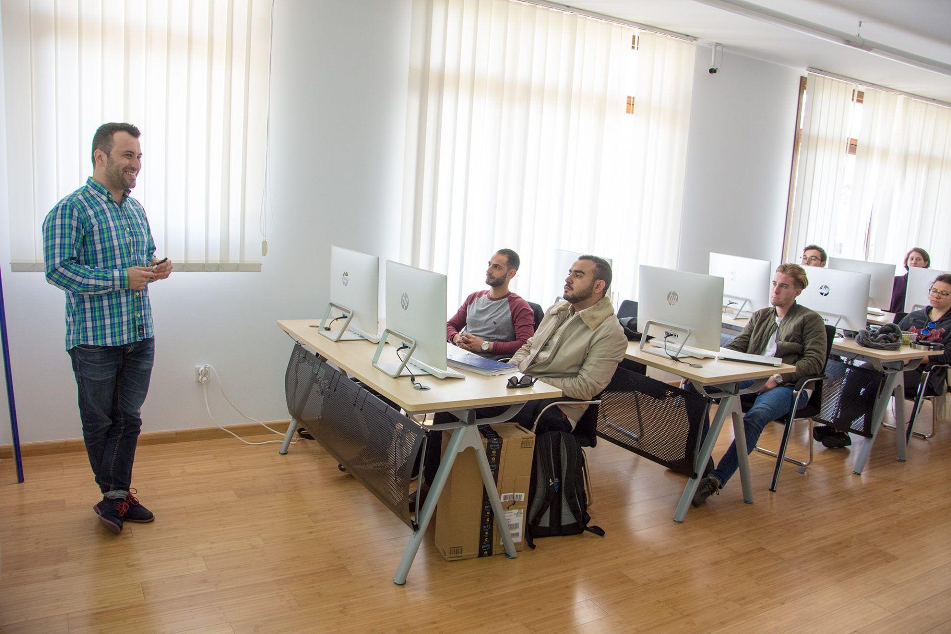 Cryptocurrency trading seminar by Daniel Salinas at MIUC