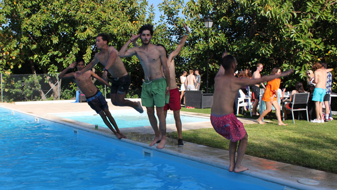 MIUC-Pool-Party